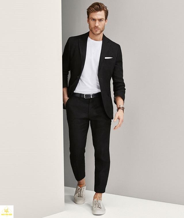 Phối áo thun tay dài với vest hoặc blazer